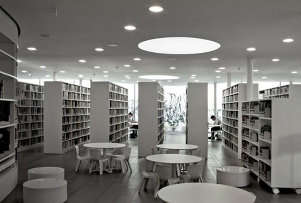 Library in Maranello5
