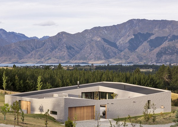 Lake Hawea Courtyard House